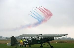 Dans les meetings aériens, il y a les incontournables. La Patrouille de France, l'un des ambassadeurs de l'Armée de l'Air, est une grande dame des shows aériens.
